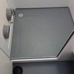 unite-mobile-decontamination-roulotte-amiante-location-louer-Bac-douche-grande- bondes-ventelles